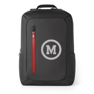 mochila na cor chumbo com ziper vermelho e logo M do Mackenzie em branco na frente