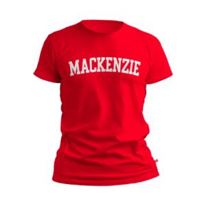 camiseta vermelha com Mackenzie escrito branco